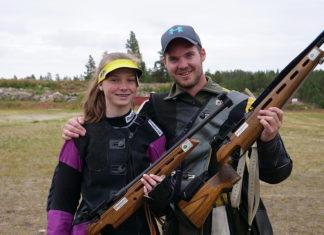 Søskenparet Hanne-Sofie Sandnes Rynning og Kristoffer Sandnes Kojedal er klare for Landskytterstevnet 2019. Foto: Iver Waldahl Lillegjære
