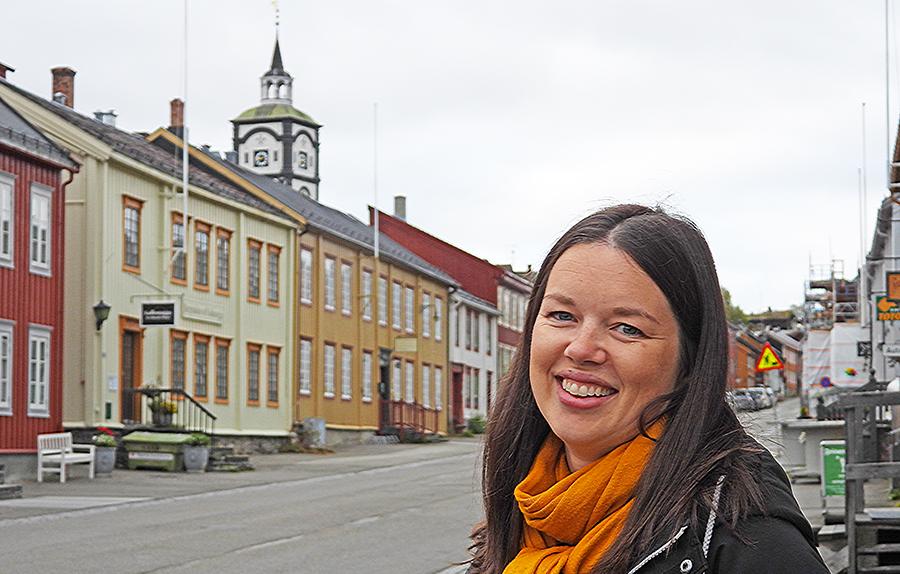 Ingvill Kaasin Montgommery på plass som ny salg og Markedssjef i Rørosnytt. Foto: Tore Østby