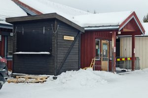 Fra 27. september vil prøvetakingsbua trolig bli lite brukt.  Foto: Tove Østby