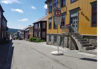 Det er nå foreslått gågate alle lørdager hele året.  Foto: Tove Østby